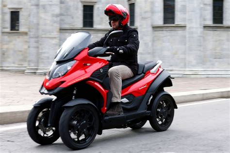 scooter  roues quadro
