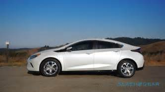 Chevrolet Volt Reviews 2017 Chevrolet Volt Review The Secret Hybrid Gearopen