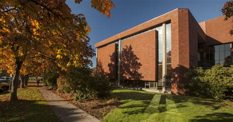 Willamette Early Career And Career Change Mba Program by Early Career Mba Career Change Mba Programs
