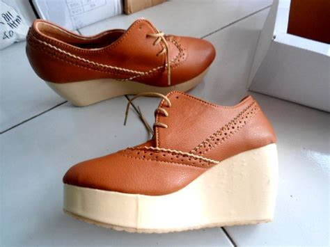 Wedges Tali Coklat wedges boots amanda pusat sandal murah 2018