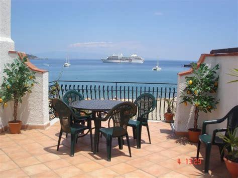 casa vacanza sicilia mare appartamento mare sicilia giardini naxos messina