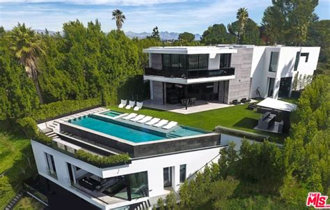 rent  newly built beverly hills mansion
