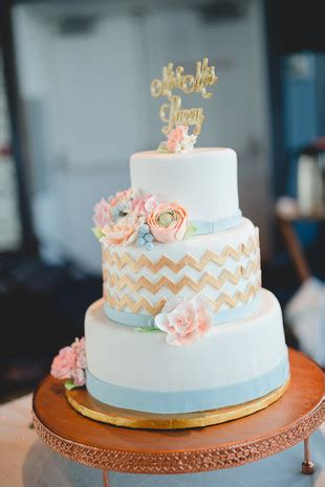 Professional Cakes Near Me by Wedding Cakes Wedding Cake Ideas Weddingwire