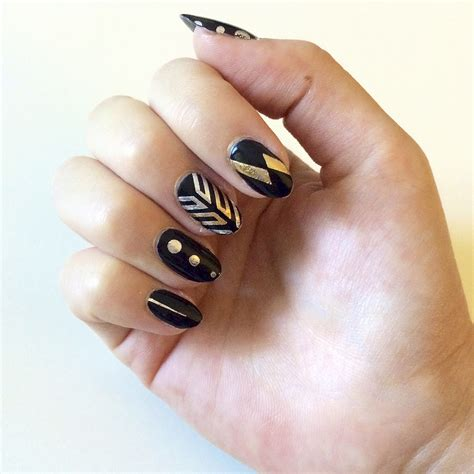 flash tattoo nail art diy popsugar beauty