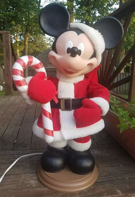 mickeyunlimited electric christmas decorations best 25 mickey mouse ideas on