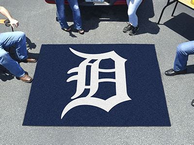 detroit tigers rug mlb detroit tigers tailgater rug 5 x6