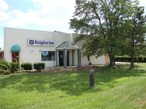Woodlands Backyard Columbus Ohio by Knights Inn Downtown Columbus Prices Motel Reviews