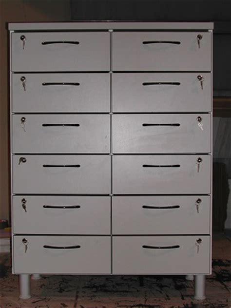 serrature per cassettiere cassettiere mobile cassettiera con serrature
