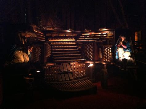 on the house file house on the rock 2nd organ console jpg wikimedia commons