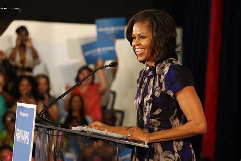 michelle obama povestea mea litera va publica volumele scrise de michelle și barack