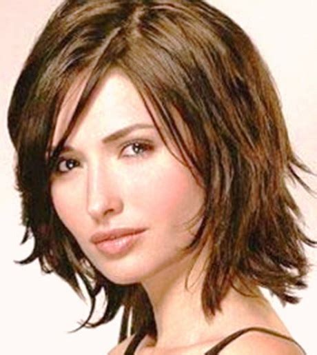 medium hairstyles for thick wavy medium haircuts for thick wavy hair