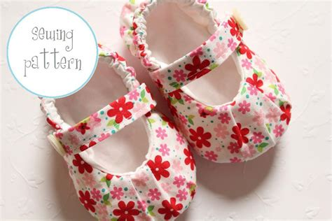 baby shoes pattern baby shoes ruched janes by petitboo craftsy