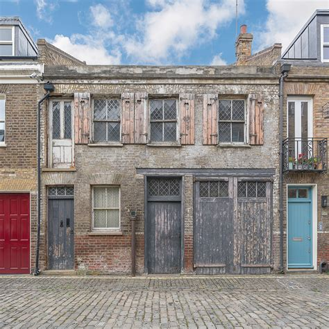 one bedroom house for sale in london this beautifully derelict one bedroom london property is
