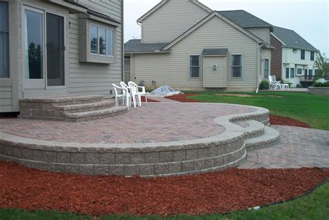 Raised Patio Designs Brick Paver Patio Designs
