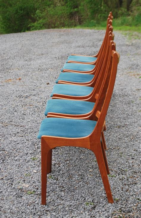 tribute  decor vintage teak dining chairs  table