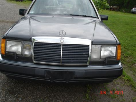 old car repair manuals 1992 mercedes benz 300d engine control service manual 1992 mercedes benz 300d windows sitch removal 1992 mercedes benz 300d no