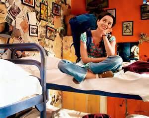 queen film dialogues queen of cinema kangana ranaut wins best actress