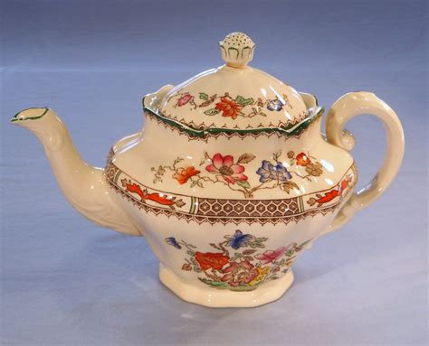 Copeland Spode Chinese Rose Vintage Bone China Teapot Pattern No. 2/9253: Collectable China