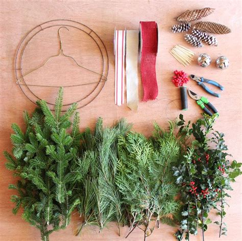 How To Make A Outdoor Christmas Wreath