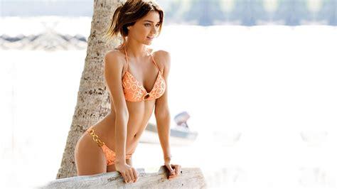 beach babes beautiful hd wallpaper images