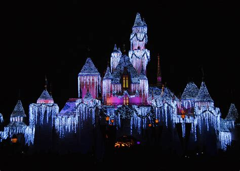 the worlds best christmas light displays