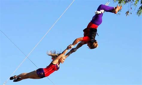 swing it trapeze trapeze sessions swingit trapeze groupon