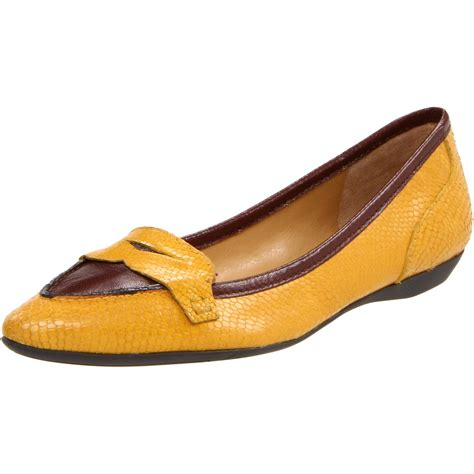 nine west loafer nine west womens tailynn loafer in yellow yellow cognac
