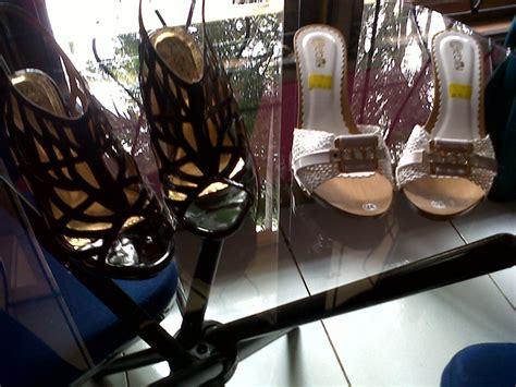 Sepatu Santaiformal Circle Handmade 05 sepatu high heels menawan pesanan pada tanggal 16 mei 2014