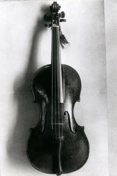 paganini s violin il cannone giordano violins