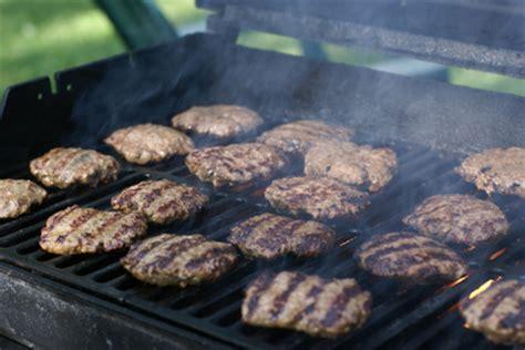 burger batch grilling