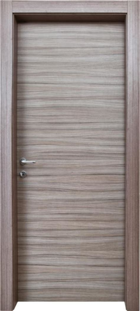 posa porte interne serramenti stile vendita e posa porte interne a