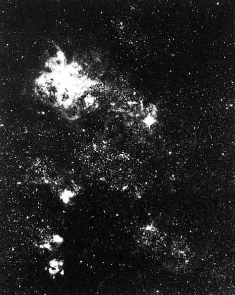 Supernova 1987A and the Tarantula Nebula   ESO