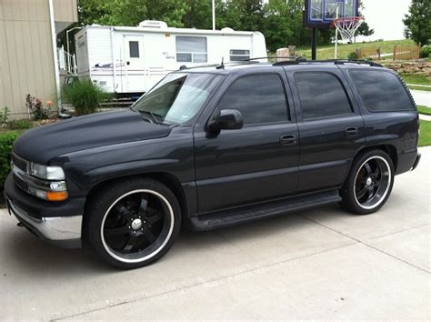 2004 Chevrolet Tahoe $13,000 or best offer   100401537