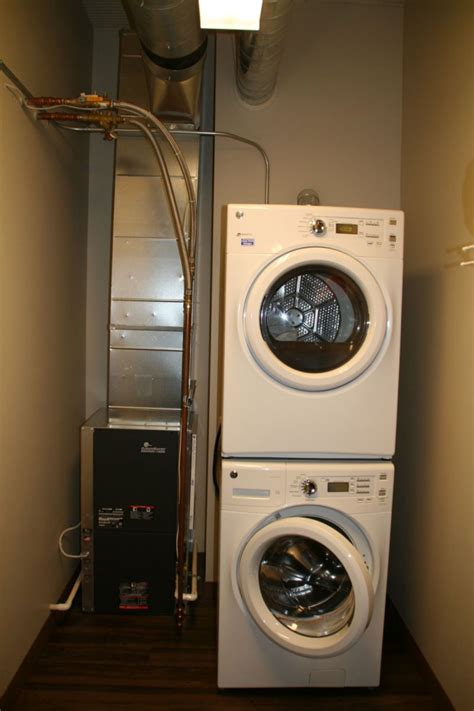 Apartment With Laundry In Unit Toronto On Milwaukee Inside The Brix Apartments 187