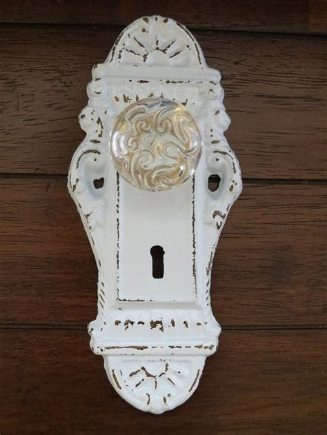 28 best images about ideas with door knobs on shabby chic jewelry wall and necklaces