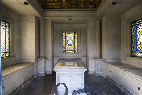 What Does The Of The Interior Do by Mausoleum Chapel Mausoleums Mausoleums