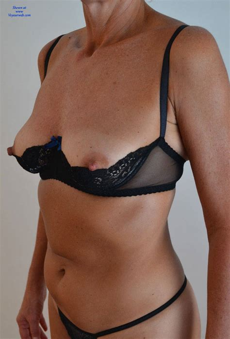 Sexy Aussie Milf 2 November 2016 Voyeur Web