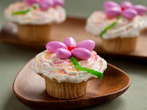 Pantry Dessert Recipes by 7 Easy Easter Desserts You Can Make With Pantry Staples