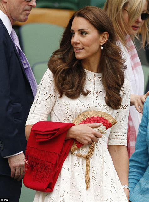 kate middleton at wimbledon 2014 kate duchess of cambridge s arrives at wimbledon wearing