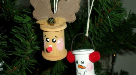 easy home made christmas decorations 30 easy christmas decorations ideas for last minutes