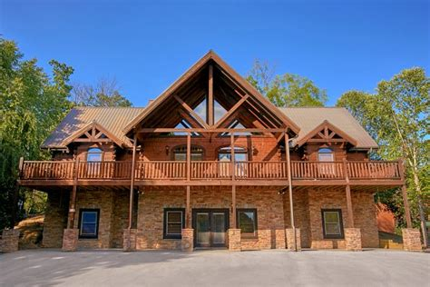 quot alpine mountain lodge quot pigeon forge group cabin cabins usa