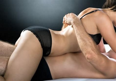 12 Sizzling Foreplay Tips To Try On Your Right Now by Tripper Bald Unbehandelbar Apotheken Umschau