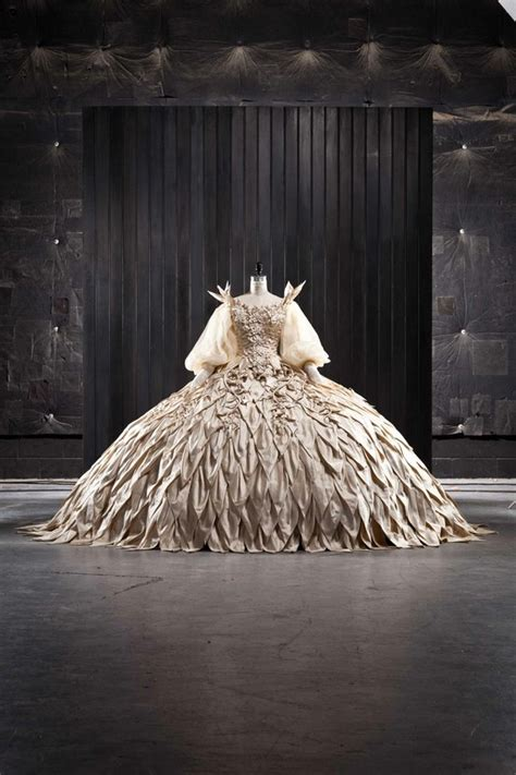 pin by marah ingalsbe on my home pinterest 1000 images about costume design on pinterest elizabeth