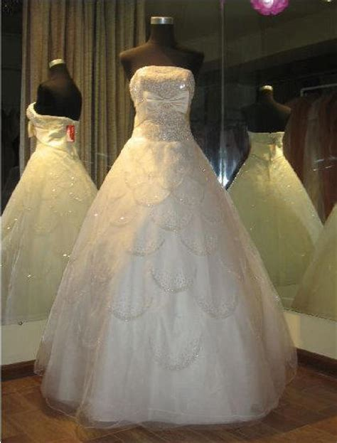 white wedding dresses 2009 bridal store wedding dresses discount bridal gowns