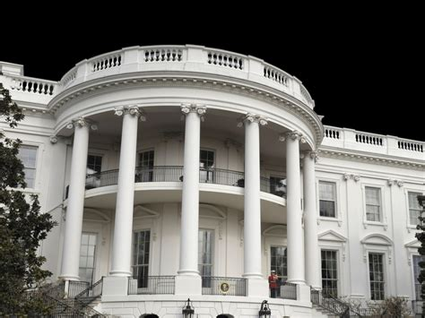 white house front door white house fence jumper prompts secret service scrutiny