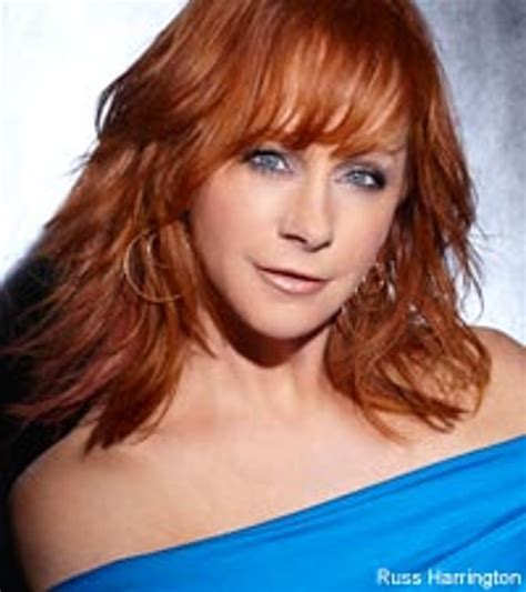 how does reba mcentire stay in shape reba finds the fountain of youth through family and groceries