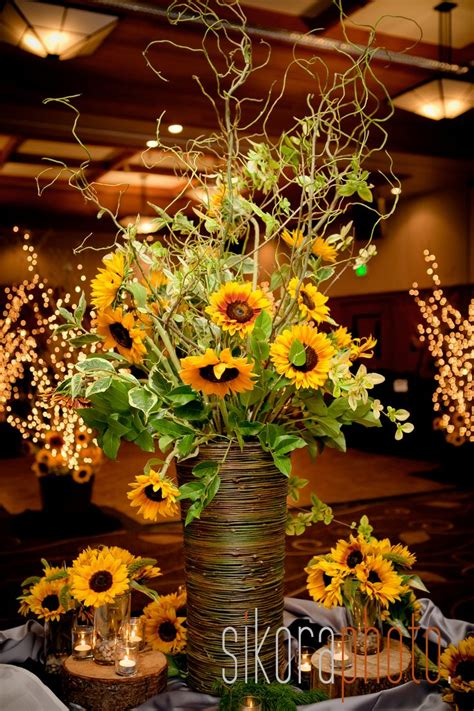 sunflower arrangements ideas 25 best ideas about sunflower centerpieces on pinterest
