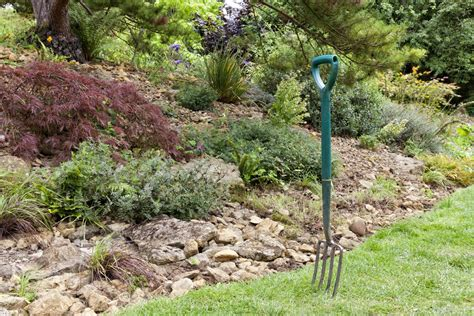 different types of gardening forks information on garden