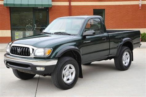 sell used 2002 toyota tacoma 4x4 4cyl 5 speed reg