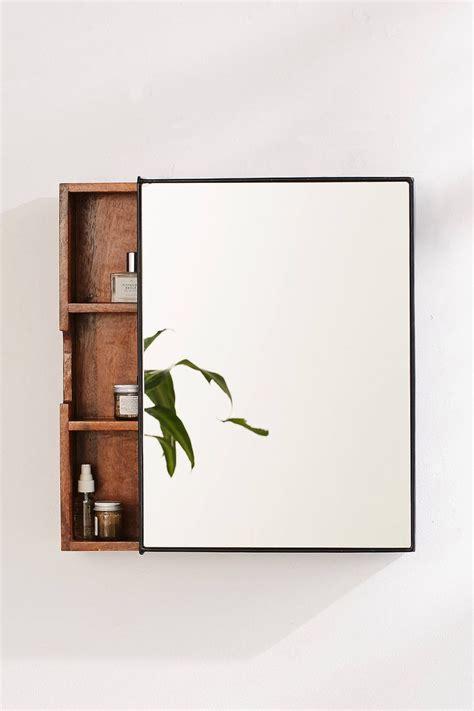 Bathroom Mirrors With Storage Ideas by Best 25 Bathroom Mirror Cabinet Ideas On